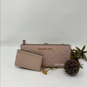 Michael Kors JST LG Carryall Cardcase